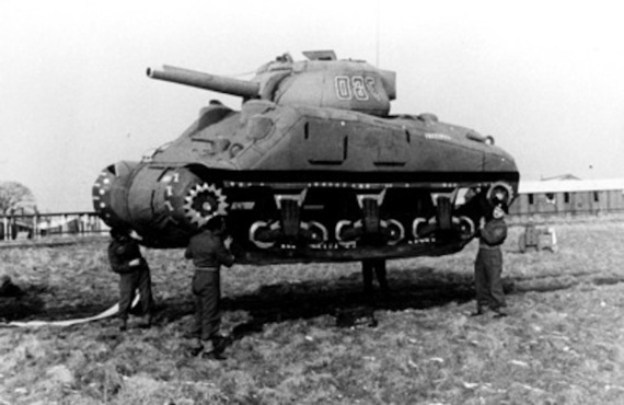 tank 01 | Aktor di Atas Panggung Perang