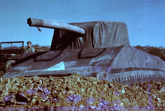 tank 02 | Aktor di Atas Panggung Perang