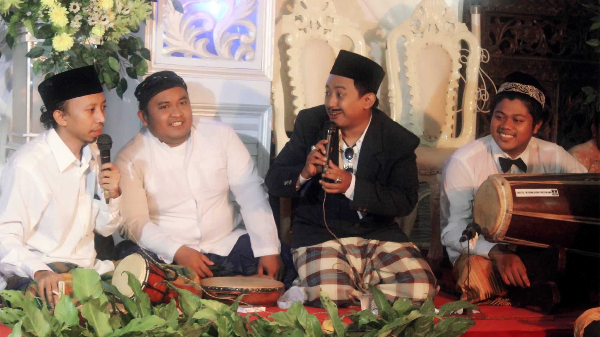 KluntrangKluntrung copy | Yayak Priasmara dan Nasib Seni Teater Tutur Kentrung