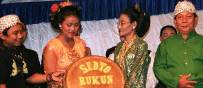 Mbok Gimah | Yayak Priasmara dan Nasib Seni Teater Tutur Kentrung