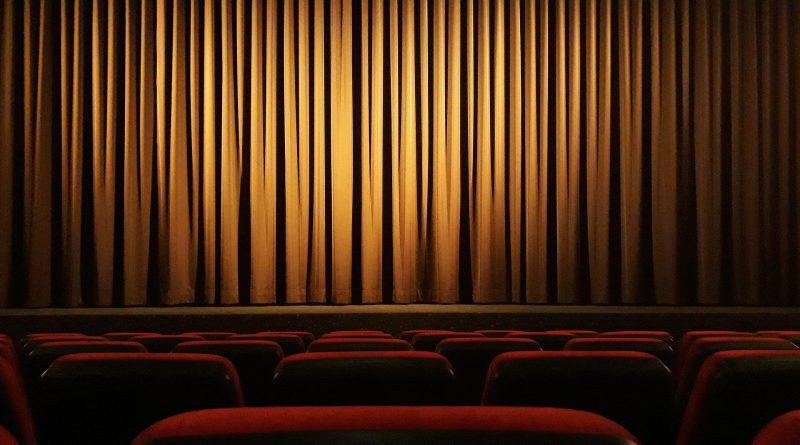 cinema 4609877 1920 | Rekomendasi Kuliah Seni Pertunjukan Se-Dunia (Update 2020)