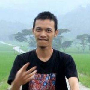 Latif Poto | OPINION, Kepuasan Pekarya Yang Sulit Dicerna